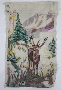 Лесной олень вышивка на наволочке индивидуальная работа 1947г. из предметов быта переселенцев